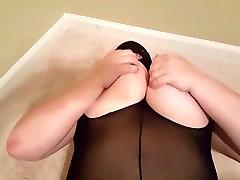 Juicy MILF Lateshay oversized natural tits