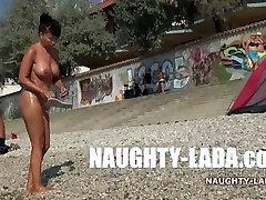 I&039;m taking mud bath... nude in public