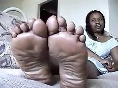plump ebony feet