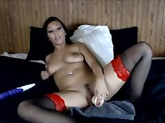 Hot Diva on YourWishCams.Com Caught Squirting Live on Cam