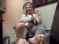 Sunday Feet