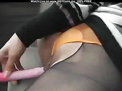Amateur Horny Asian Masturbating In Her Honda