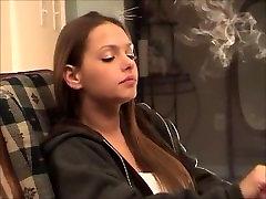 Smoking Fetish: Lynn - No BS 1