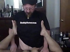 Chubby cigar top daddy bear fucks tight bottom