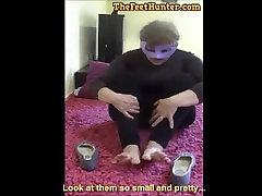 spanish milf stinky feet