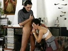 naughty-hotties.net - Hairy aunt