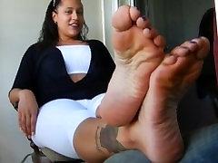 Size 12 latina goddess feet