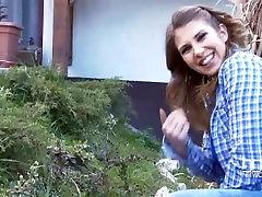 Aida Swinger The horny gardener