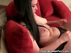 Nyloned soccer milf Nyla Parker stripping off