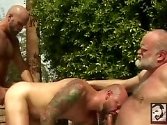 Daddy Bear 3-Way by the Poolside