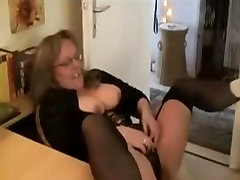 Mature Mom from CasualMilfSexdotcom in homemade sex video
