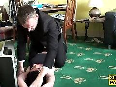 Tattooed british sub deepthroats her maledom