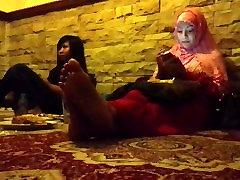 Candid Moms Feet in Restaurant - PART I