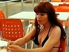 Alpha France - French porn - Full Movie - Breakfast Sex 1975