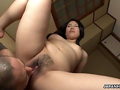 Mature brunette Asian gets her hairy cunt fil
