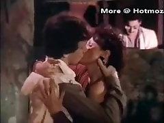 Hotmoza.com - Young Tom Byron fucks mature mom - vintage
