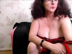 Natural busty mature masturbation on webcam