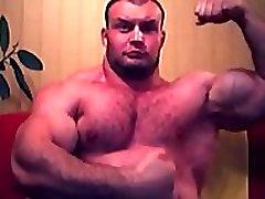 asian-muscles-and-bears.com: huge muscle bear webcam posing