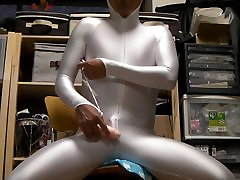 Silver Skating Gear:Me,EXCITED!!! HQ
