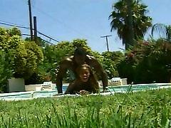 Hot ebony chick nailed in pool