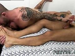 Gay men open legs and older men feet movietures Johnny brief