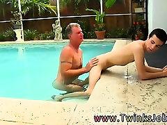 Free videos of older white men masturbating Daddy Brett obli
