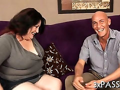 Fat girl seduces gorgeous fellow to bang her very well