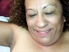 Mature Latina loves anal penetration