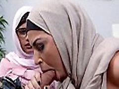 Mia Khalifa vs Her Mom
