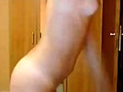 Young Girl Dancing Naked Cam