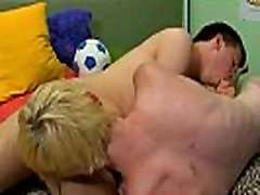 Gay male porn men vs boys Evan Darling comes home with fairly the