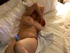 Mama pateko į masturbuojantis