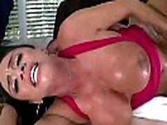 Porno-Star With Tetonas Takes Cumshot