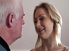 Old recruiter fuck young girl at an interview