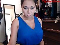 Sexy asian plays on webcam - tightandhorny.com