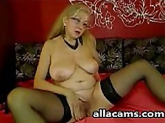 Mature Webcam Lady
