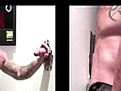 Gay dude sucking straight dude&039s cock at gloryhole