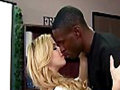Black Man PUT HIS ALL in FUCKING her mature pussy 1