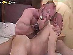 Hot Daddy Bears Make Love