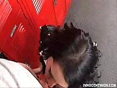 朋克麦迪逊常春藤阴她的教练在lockerroom