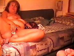 mature amateur slut takes a big cock