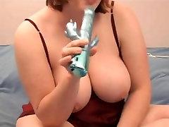 astonishing big beautiful woman squirting