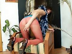 Euro hottie Alice got super legs and hawt red nylon hose