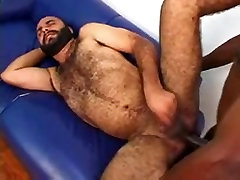 Ivan Hollms fucking a Chubby Bear Jailson Mendes