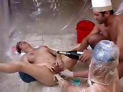 Extremely deep fisting hairy amateur pussy