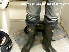 nlboots - cz rubber boots and jeans