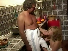 Vintage Italian porn with anal sex and facial