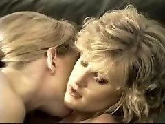 Hairy retro lesbian sluts rub their pussies together