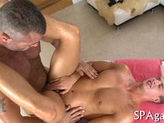 Wild massage for gay bear