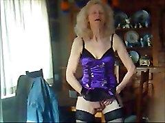 JOSEE old bitch love masturbing
